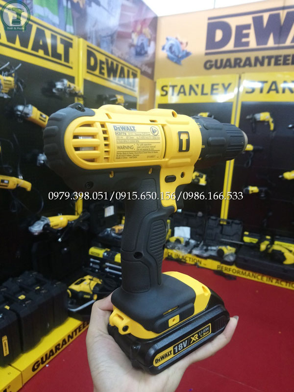 may-khoan-pin-dewalt-dcd776c2