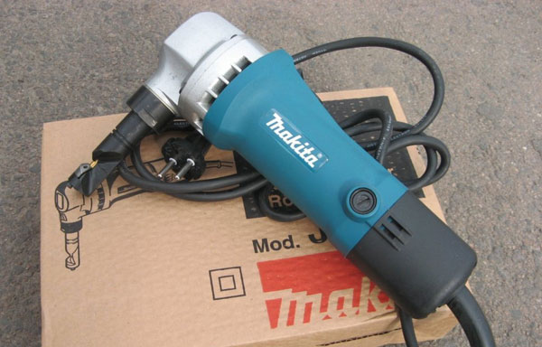 may-cat-makita-JN1601
